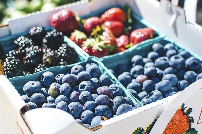 12 Amazing Keto Friendly Fruits